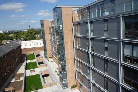 2 bedroom apartment to rent - Flint Glass Wharf, Radium Street, Manchester