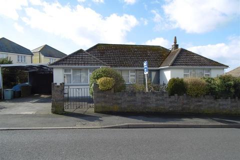 2 bedroom detached bungalow for sale - Bodrigan Road, Looe