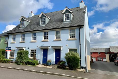 3 bedroom end of terrace house for sale - Staddiscombe, Plymouth