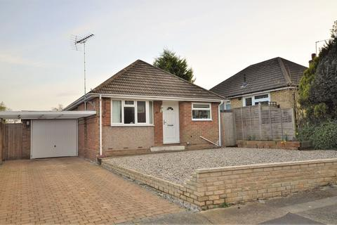2 bedroom detached bungalow for sale - Thompson Avenue, Poets Corner, CO3 4HN