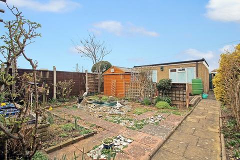 2 bedroom semi-detached bungalow for sale - Bristol Avenue, Lancing BN15 8NJ