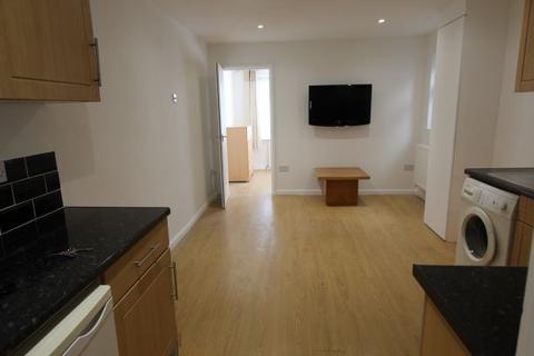 2 bedroom flat to rent - East Barnet Road, BARNET, Hertfordshire, EN4