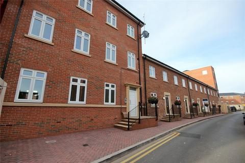 2 bedroom apartment to rent - Abbotsbury Court, 72 Rumbush Lane, Dickens Heath, SOLIHULL, B90