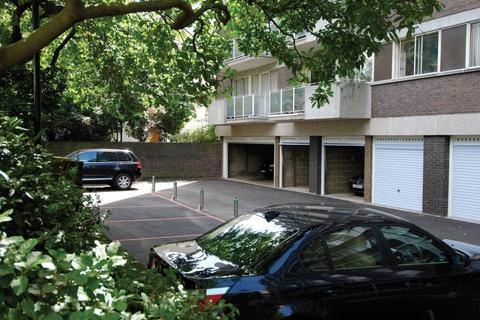Garage to rent - Lock up Garage, Durrels House, London, W14