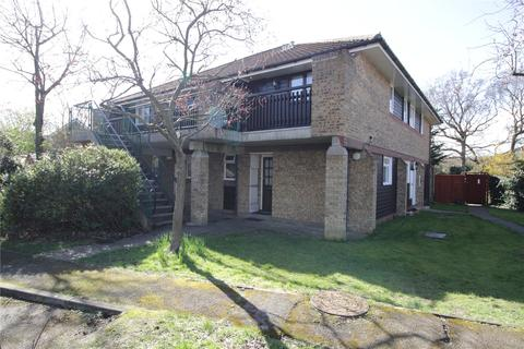 1 bedroom apartment for sale - Woodstock Gardens, Laindon West, Essex, SS15