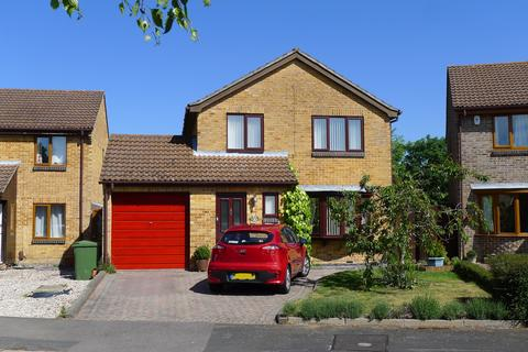 4 bedroom detached house for sale - MERRYFIELD, TITCHFIELD COMMON