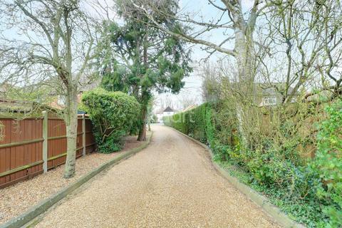 3 bedroom bungalow for sale - Holbrook Road, Cambridge