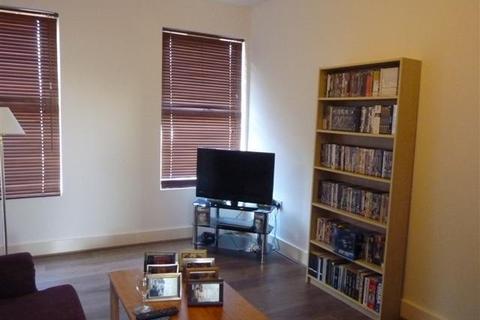 2 bedroom flat to rent - Turnpike Lane, London, N8