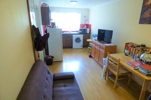 1 bedroom apartment to rent - 480 Bath Road, West Drayton, UB7
