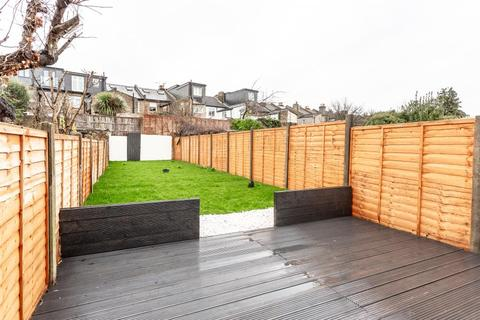 4 bedroom terraced house for sale - Orchard Road, TW8