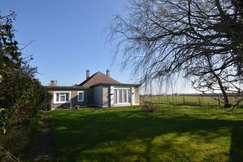 3 bedroom detached bungalow to rent - Ashdene, New Barn, Vale of Glamorgan, CF62 4QP