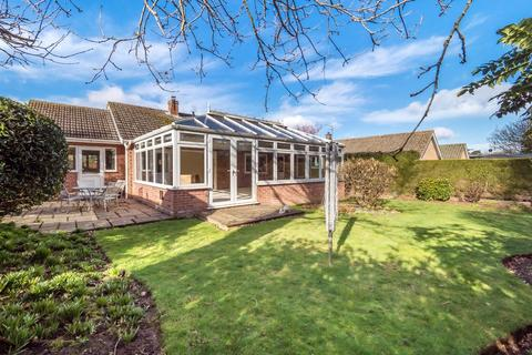 2 bedroom detached bungalow for sale - Holt