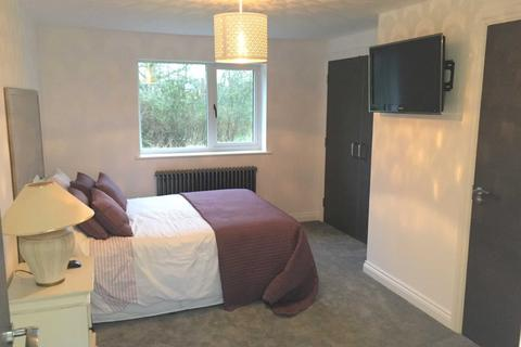 1 bedroom property to rent - Brooklyn Lodge, Broadbush, Blunsdon, SN26