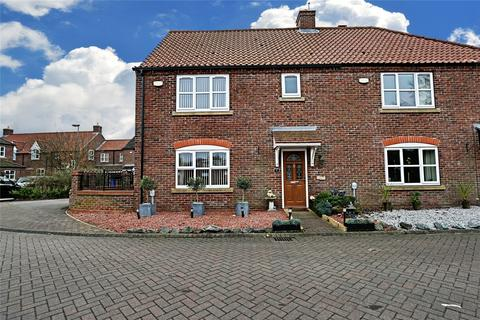 3 bedroom semi-detached house for sale - All Saints Mews, Preston, Hull, East Yorkshire, HU12