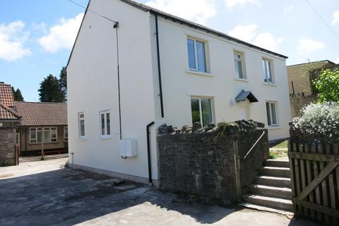 2 bedroom flat to rent - First Floor, Felton, Bristol