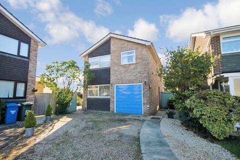 4 bedroom detached house for sale - Begbroke Crescent BEGBROKE