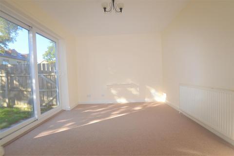 1 bedroom terraced bungalow to rent - Duchywood, Heaton, Bradford