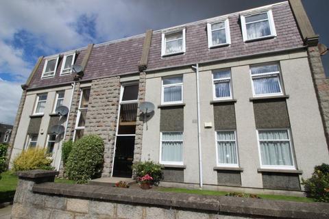 3 bedroom flat to rent - 76 Linksfield Gardens, Aberdeen