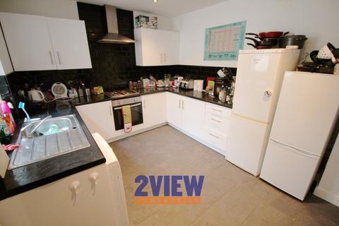 6 bedroom house to rent - Victoria Road, Leeds, West Yorkshire