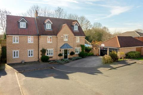 5 bedroom detached house for sale - Orlando Court, Chellaston