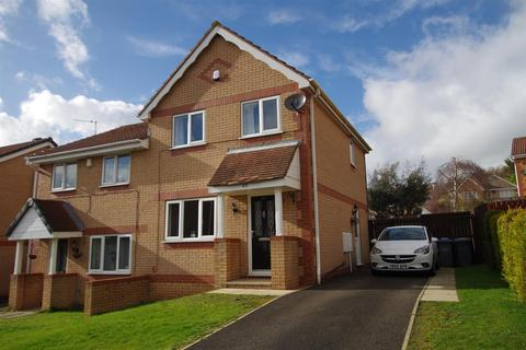 3 bedroom semi-detached house for sale - Drovers Way, Bradford. BD2