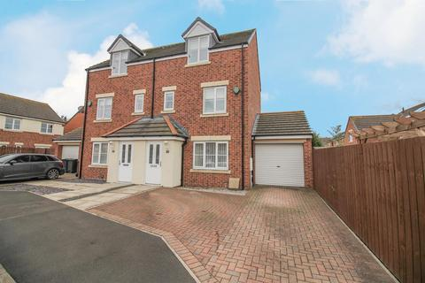 3 bedroom semi-detached house for sale - Mead Court, Forest Hall, Newcastle Upon Tyne