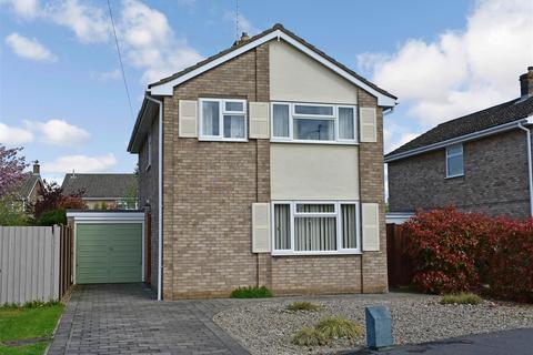 4 bedroom detached house for sale - Ainsdale Drive, Werrington Village, Peterborough