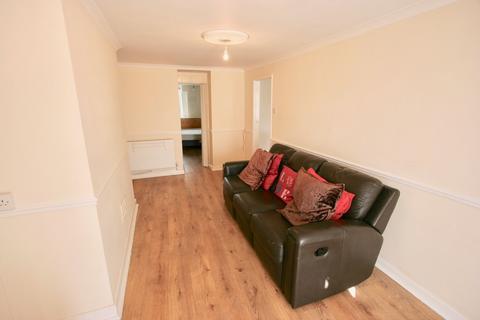 1 bedroom ground floor flat to rent - 118 Mount Gould Road