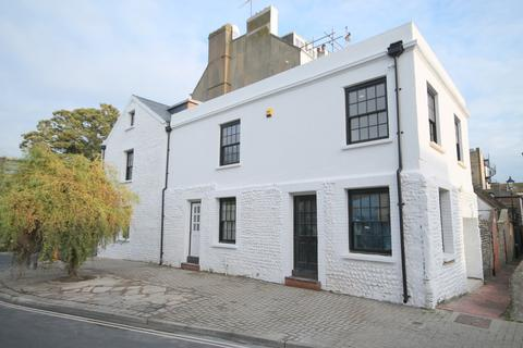 1 bedroom terraced house to rent - Marine Place, Worthing, West Sussex BN11 3DN