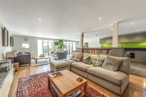 3 bedroom detached house for sale - Priors Close, Marlborough Hill, Bristol, Somerset, BS2
