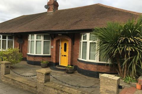 2 bedroom semi-detached bungalow to rent - West Road, Fenham, Newcastle, Tyne and Wear