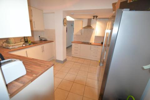 7 bedroom terraced house to rent - Teignmouth Road