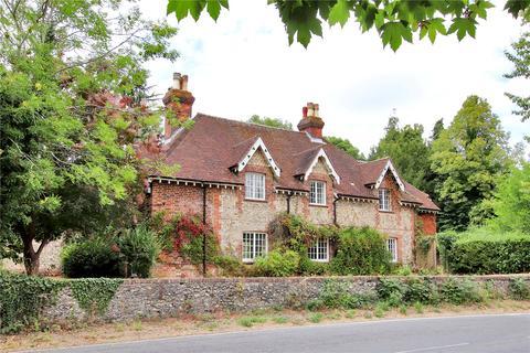 7 bedroom detached house for sale - Castle Road, Chipstead, Coulsdon, Surrey, CR5