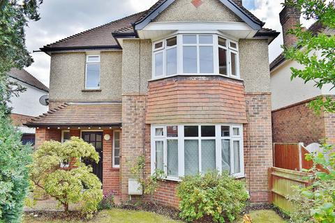 2 bedroom flat to rent - Luccombe Place, Southampton, SO15 7RL