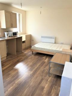 Studio to rent -  Shaftesbury Road,  Leicester, LE3