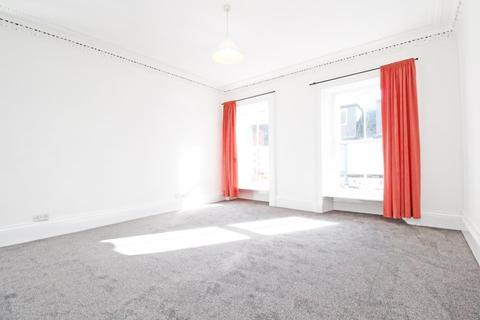 2 bedroom flat to rent - High Street, Nairn, IV12 4AU