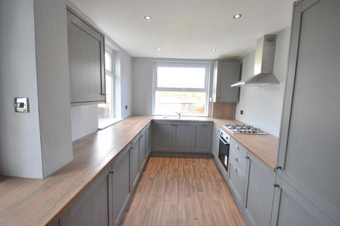 3 bedroom end of terrace house to rent - Meadows Road, Sale