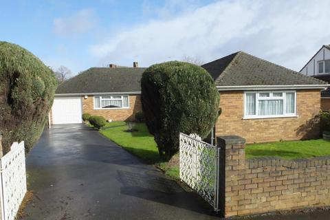 3 bedroom detached bungalow for sale - Grassthorpe Road, Gleadless, Sheffield, S12 2JG