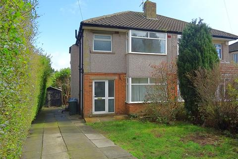 3 bedroom semi-detached house to rent - Brantwood Crescent, Bradford, West Yorkshire, BD9
