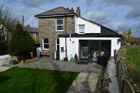 3 bedroom semi-detached house for sale - Brea