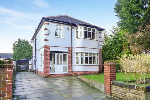 3 bedroom detached house to rent - Highfield Avenue, Sale, Cheshire, M33