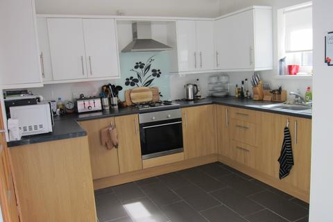 3 bedroom house to rent - Llwynmadoc Street, Graigwen, Pontypridd