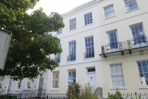 2 bedroom ground floor flat to rent - Evesham Road, Cheltenham
