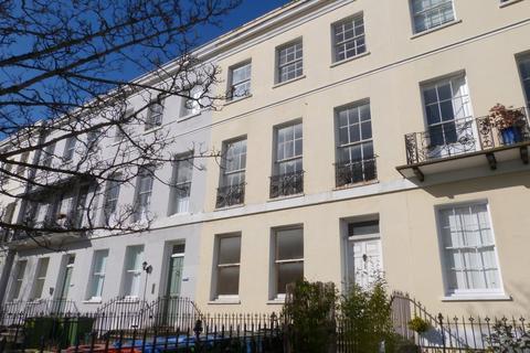 2 bedroom ground floor flat to rent - Evesham Road, Cheltenham