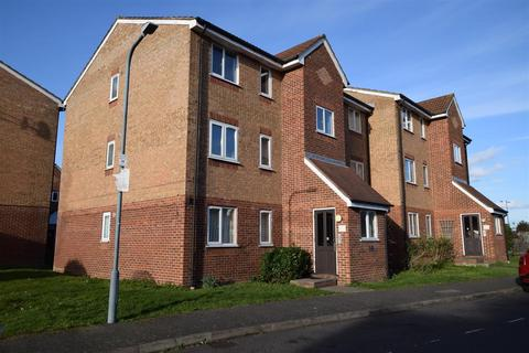 1 bedroom flat for sale - Express Drive, Ilford