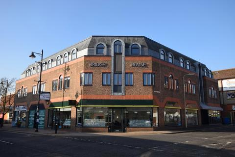 1 bedroom flat for sale - Church Road, Fleet