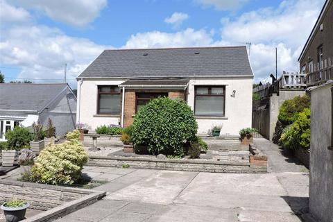 2 bedroom detached bungalow for sale - Wenallt Road, Tonna