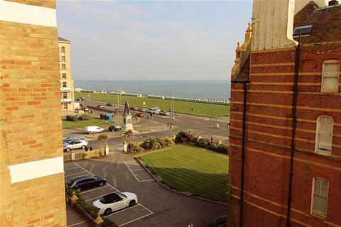 2 bedroom apartment for sale - Ashley Court, Hove, East Sussex