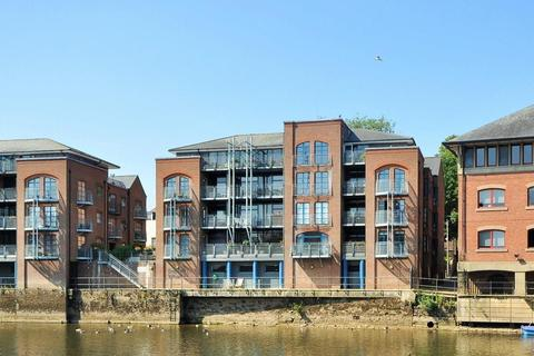 2 bedroom apartment for sale - Emperors Wharf, Skeldergate, York, YO1 6DQ
