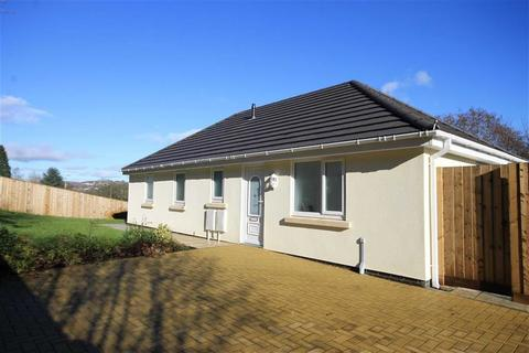 2 bedroom detached bungalow for sale - Clos Awyr Las, Llanbradach